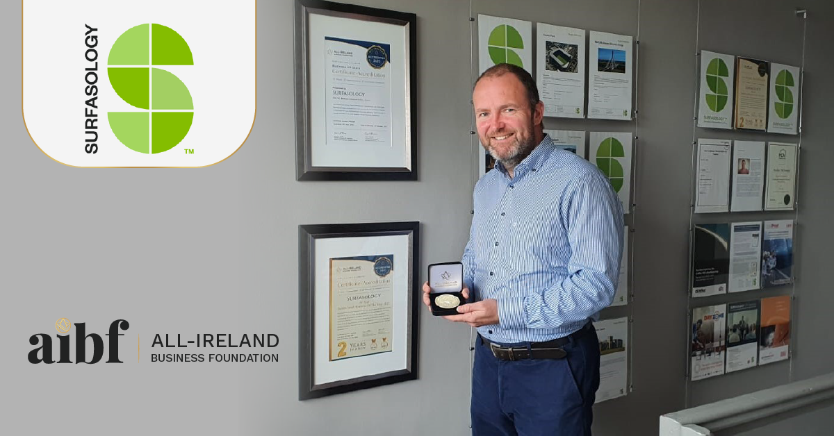Eddie Grace, Managing Director of SURFASOLOGY with his All-Star Accreditation certificate and medallion.