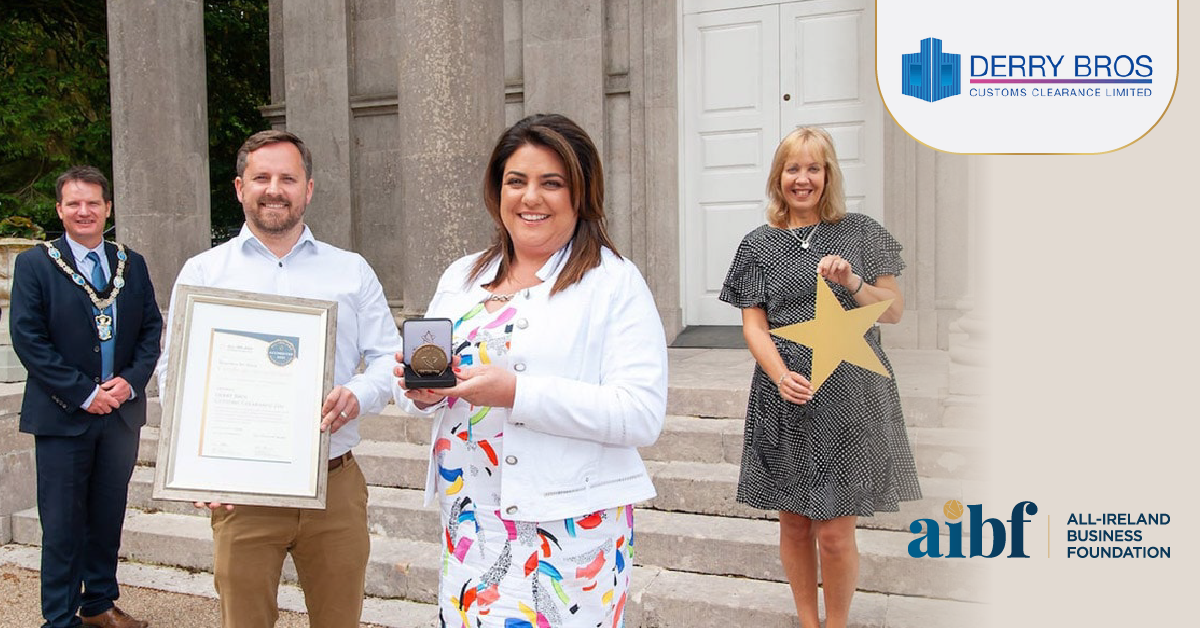 Pictured L-R Lord Mayor Alderman Glenn Barr, Colin Robb and Brigid Derry from Derry Bros Customs Clearance, Head of council's Economic Development department Nicola Wilson.